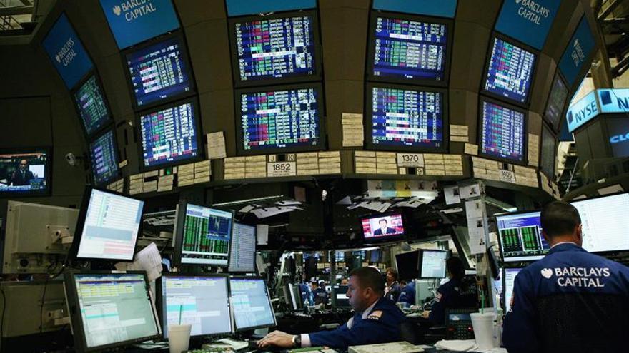 Wall Street abre con fuertes ganancias y el Dow Jones sube un 1,32 %