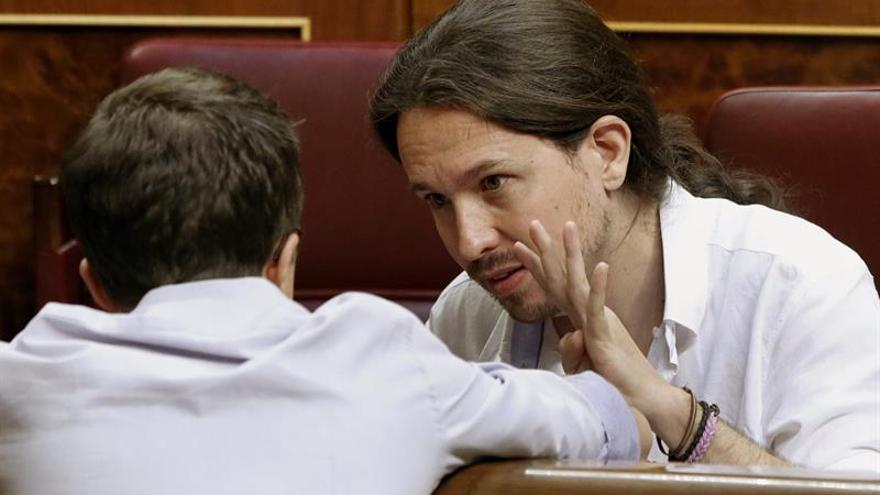 """Podemos critica que Rajoy acepte el encargo del Rey """"en diferido"""" y sin fecha"""