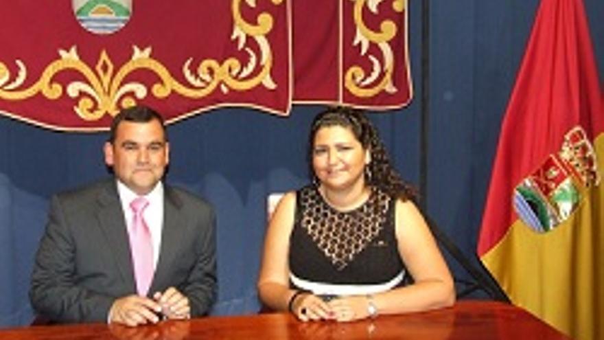 Luis Roberto Cabrera y Damaris Ferraz, concejales del PP en Mazo.