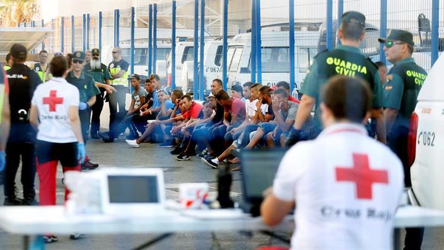 La inmigración a la OCDE subió un 10 % en 2015 al duplicarse los refugiados