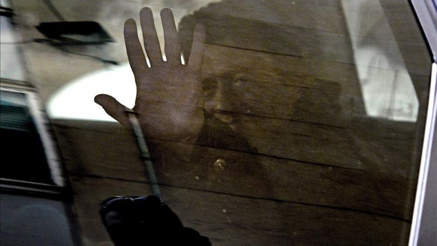 El detenido por apuñalar a un amigo en el corazón intentó impedir el maltrato a su mujer