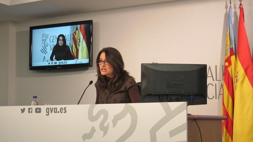 """Oltra señala que Barberá se sitúa """"fuera del sistema democrático"""" al cuestionar a las Corts y recuerda que debe acudir"""