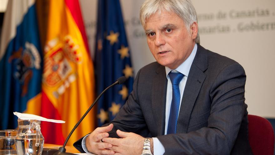 """Vicepresidente canario espera la recuperación del """"diálogo"""" tras la reunión entre Rivero y Rajoy"""