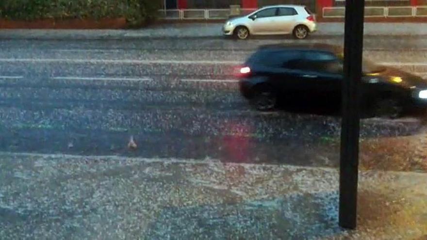 Lluvias y tormentas ponen a catorce provincias de siete comunidades en alerta