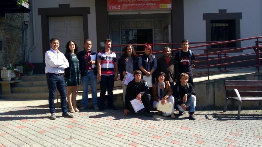 Formadas 11 personas desempleadas de la Barranca en el uso de carretillas, plataformas elevadoras y puentes grúa
