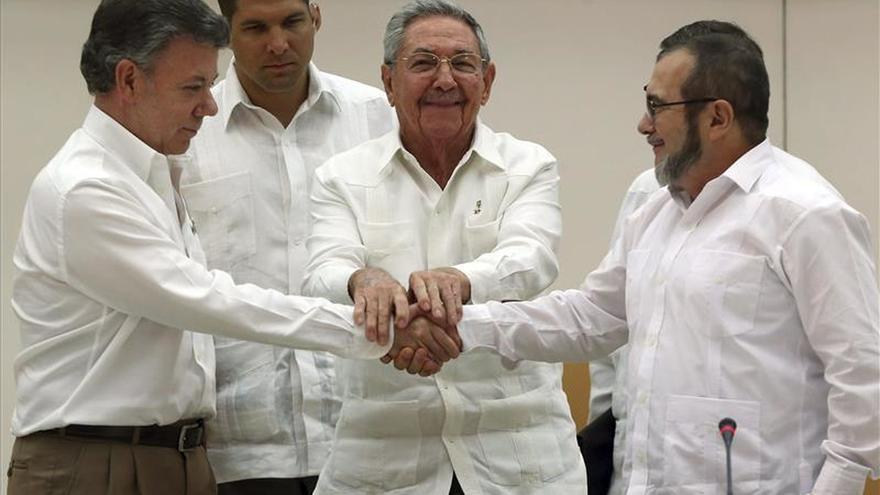 Los colombianos quieren un plebiscito para ratificar los acuerdos de paz, según una encuesta