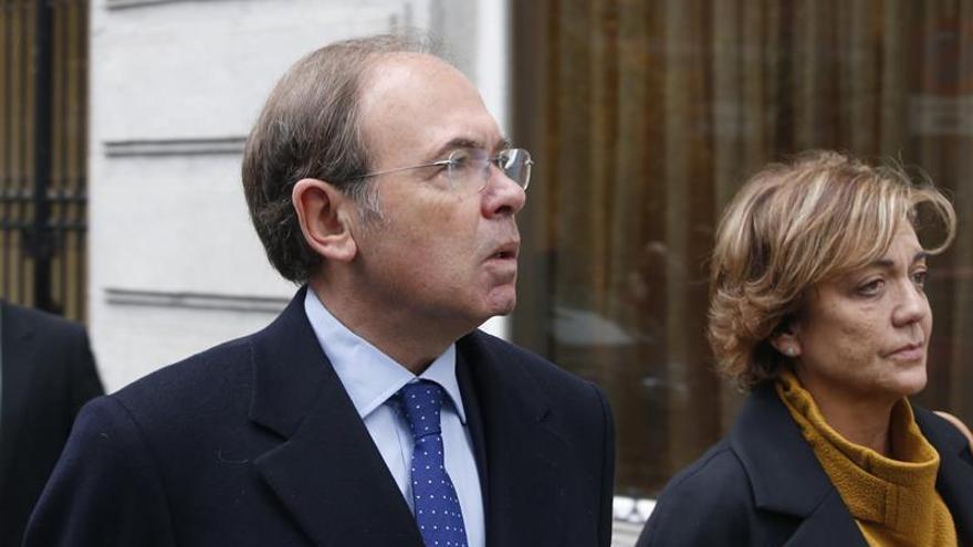 El presidente del Senado español inicia en el Bundestag una visita a Alemania
