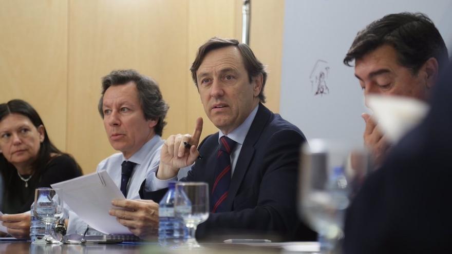 """El PP avisa que no aceptará """"un espectáculo"""" con su comisión de investigación y aconseja prudencia a Ciudadanos"""