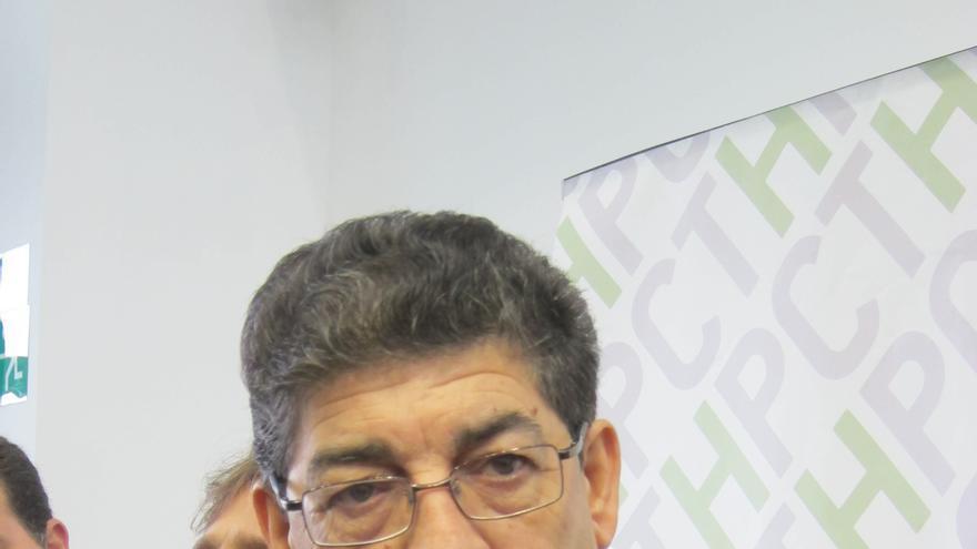 """Valderas descarta """"la descoordinación"""" en el Gobierno andaluz y defiende """"la temporalización"""" de los proyectos"""