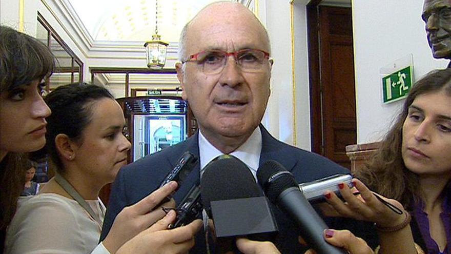 """Duran dice que Rajoy y Rubalcaba """"tienen sentido de Estado"""" pero no sus partidos"""