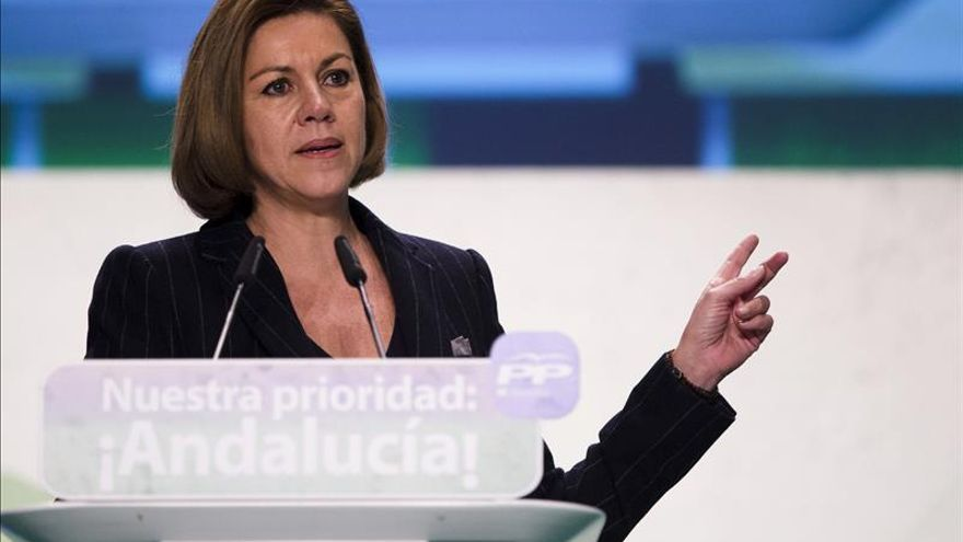 Cospedal niega el uso político de Hacienda y dice que Podemos debe explicarse