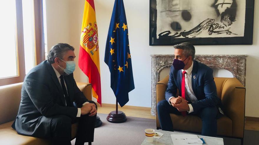 El ministro de Cultura, José Manuel Rodríguez Uribes, se reúne con el vicepresidente cántabro, Pablo Zuloaga