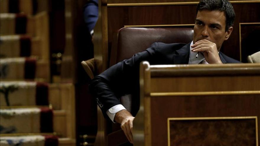 """Sánchez dice que gobernará con """"convicción socialdemócrata"""" y tenderá la mano"""