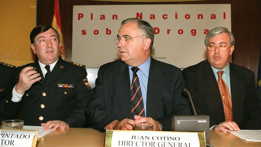 El subdirector operativo de la Policía entre 1996 y 2004, Pedro Díaz-Pintado (izq) junto al director general Juan Cotino