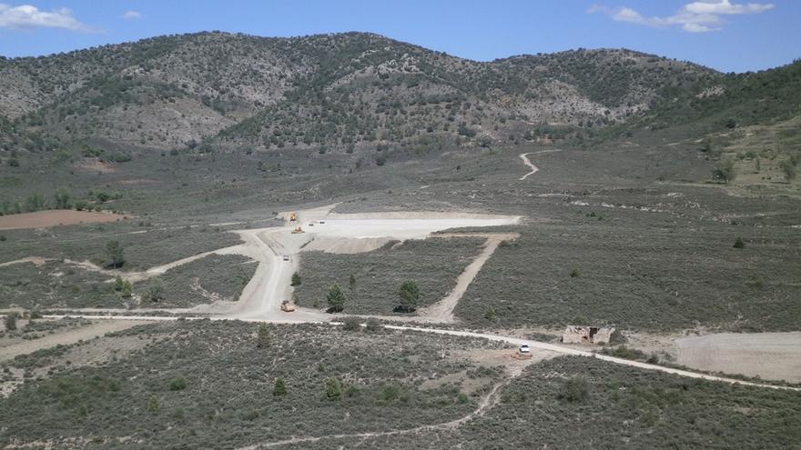 Impacto del impacto paisajístico de la macrogranja de Cañete (Cuenca) que denuncia la plataforma