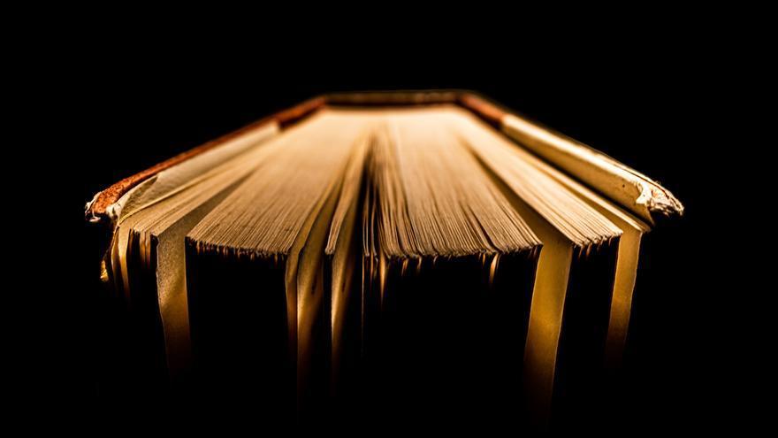 Fotografía de un libro