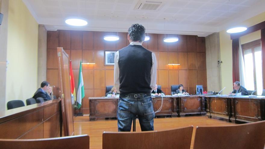 El Supremo confirma dos años de cárcel por tocamientos a una menor durante un tratamiento antipiojos