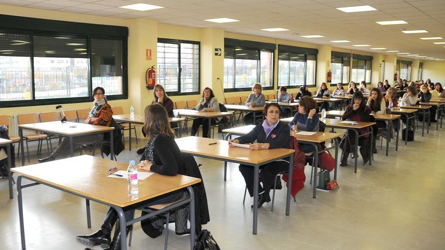 """""""Incertidumbre"""" del colectivo de docentes interinos a pocos meses del proceso de oposiciones"""