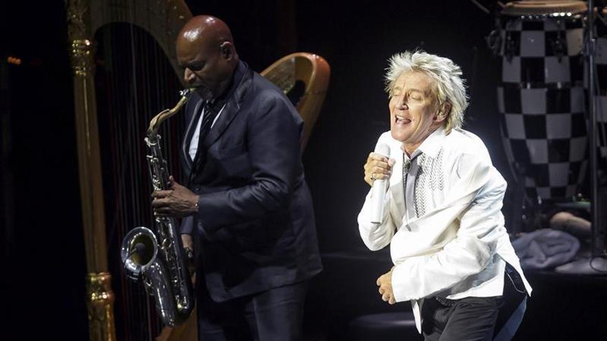 Rod Stewart alcanza el máximo nivel de estrella del rock en Cap Roig