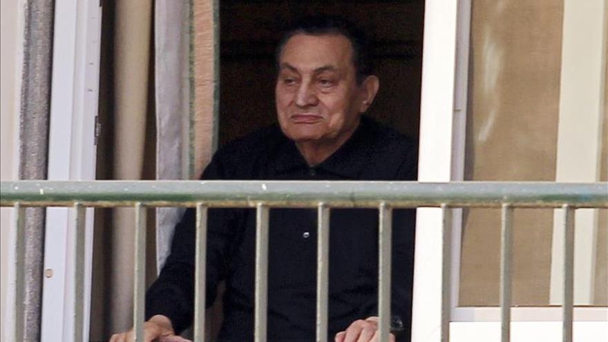 La Corte egipcia confirma 3 años de cárcel a Mubarak y sus hijos por corrupción