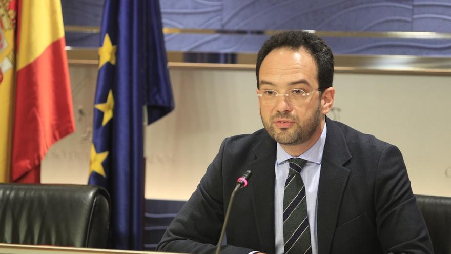 El PSOE reitera su confianza en Tomás Gómez y descarta buscar un candidato alternativo por si es imputado