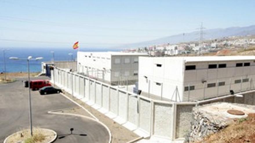 Centro de Internamiento de Extranjeros de Hoya Fría, en Tenerife.