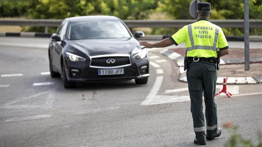 Más de 25.000 controles diarios de alcohol y drogas al volante esta semana