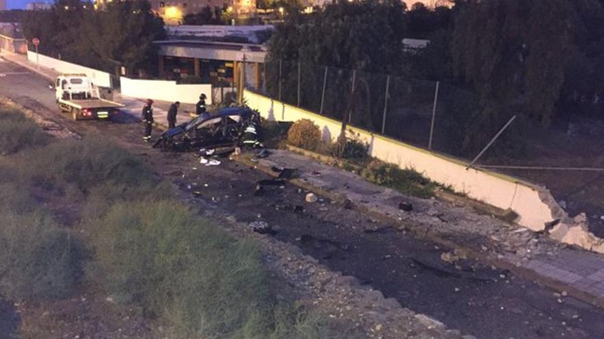 Vuelco de un vehículo en 7 Palmas (Twitter @PoliciaLPA)