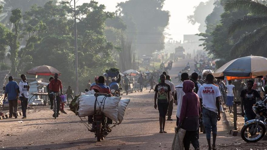 Cruz Roja dice que al abordar ébola en RDC hay que hablar con grupos armados
