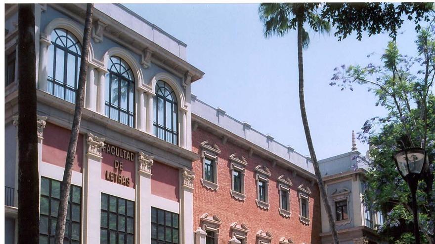 Facultad de Letras en el Campus de la Merced de la Universidad de Murcia (UMU)
