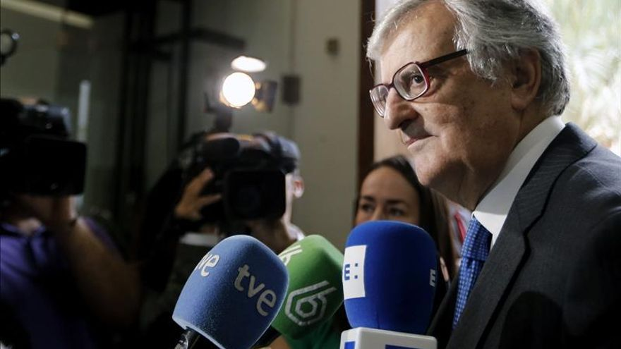 Torres-Dulce reúne a la cúpula fiscal para explicar su querella del 9N