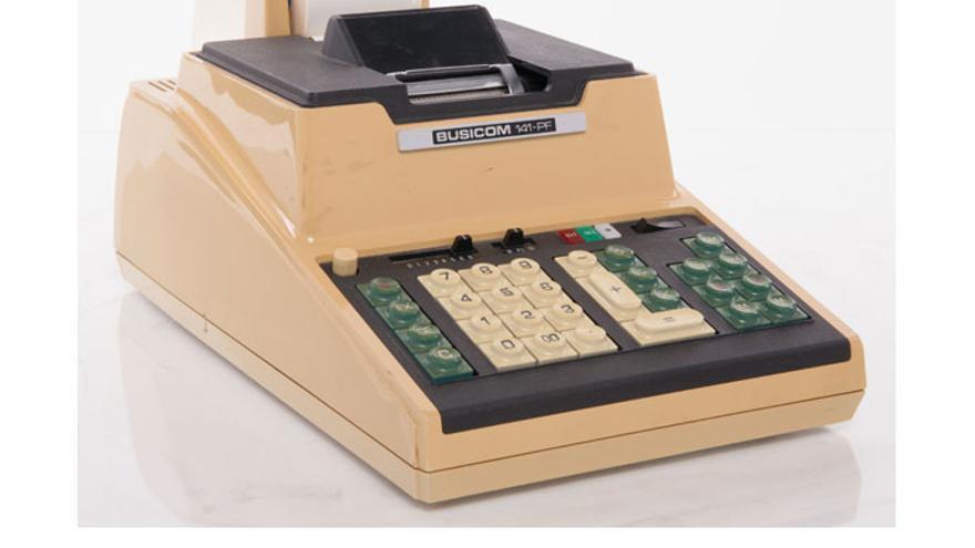 Una calculadora de Busicom, la compañía japonesa para la que Intel desarrolló el 4004