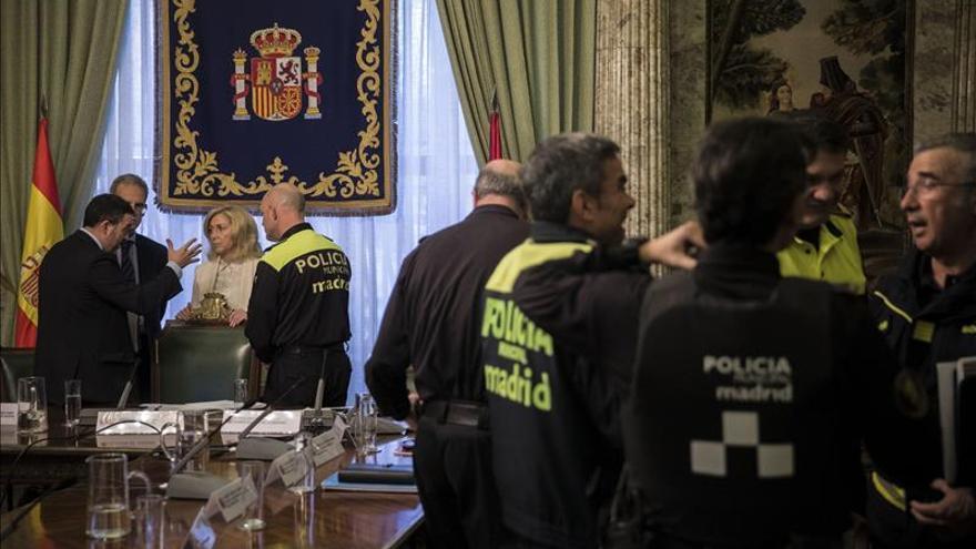 La Policía refuerza la vigilancia en zonas comerciales y de ocio en Navidad