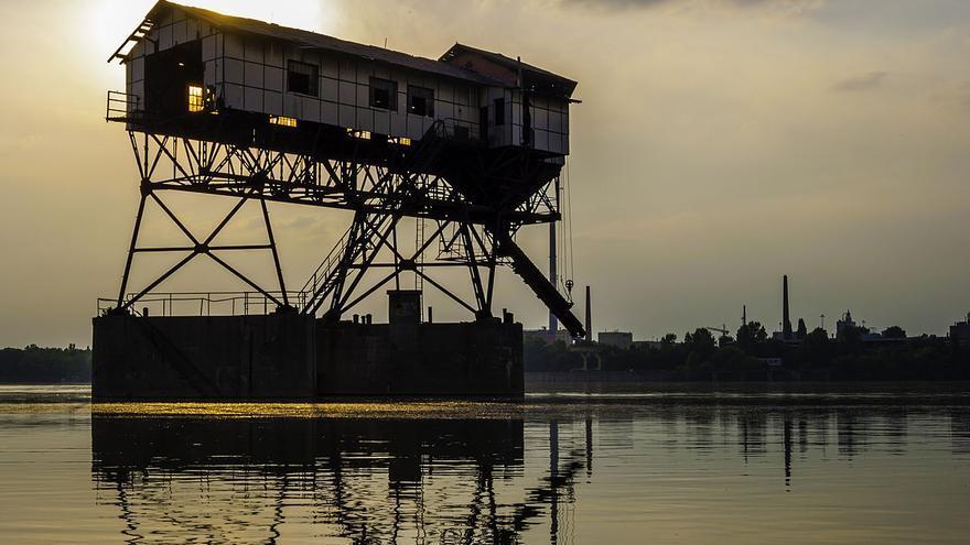 Torre para cargar carbón cerca de Esztergom, Hungría. Foto: Krischneider Péter
