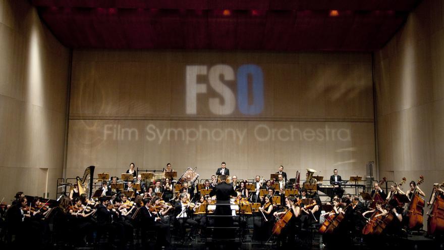 La Film Symphony Orchestra durante un concierto.