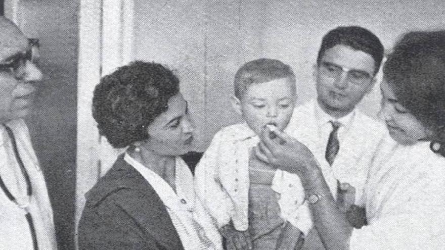 Campaña de vacunación masiva contra la poliomielitis en León, en mayo de 1963