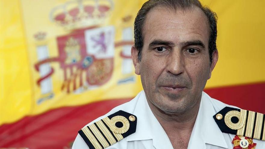 El capitán de Navío y comandante del buque-escuela 'Juan Sebastián de Elcano', Enrique Torres Piñeyro. EFE/Ángel Medina G.