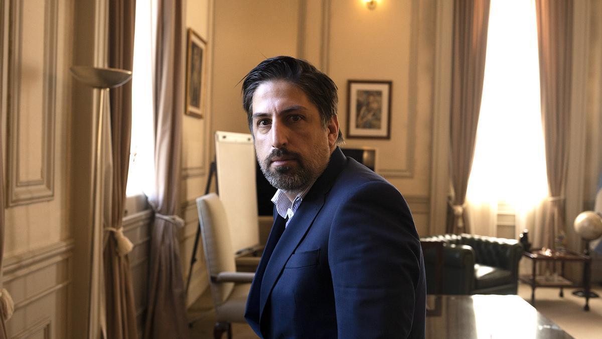 El ministro Nicolás Trotta en su despacho del Palacio Pizzurno.