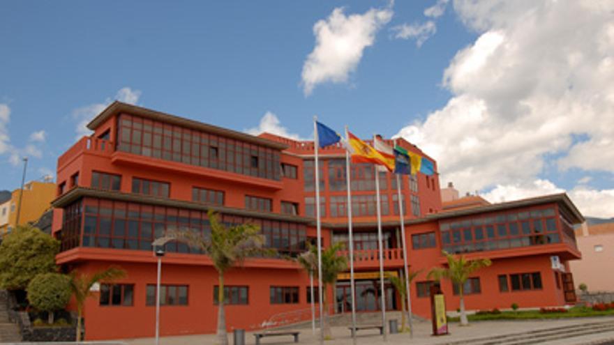 En la imagen, edificio del Ayuntamiento de Breña Baja.