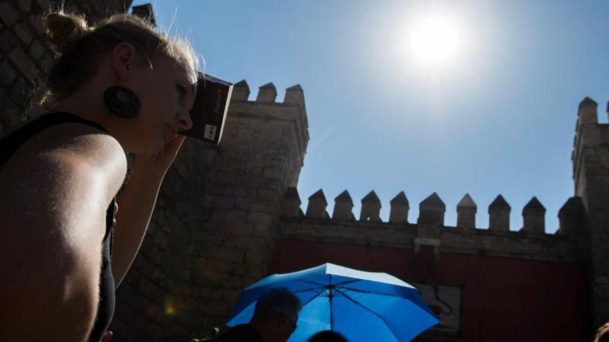 Primera sacudida de calor llega el viernes, con temperaturas hasta 37 grados