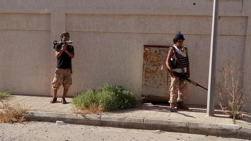 Milicias afines al gobierno de unidad intentan recuperar la zona petrolera