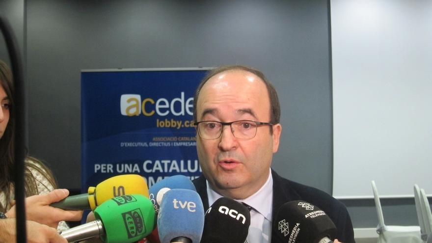 Iceta mantiene a Geli y Ventura en el grupo parlamentario pero revisará esta decisión en 2015