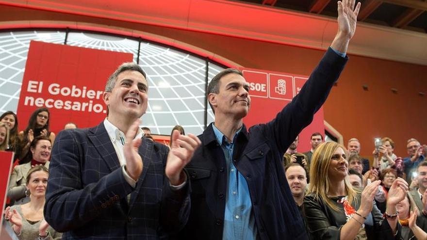 Sánchez afirma que trabajar por la unidad de España no es enfrentar a españoles