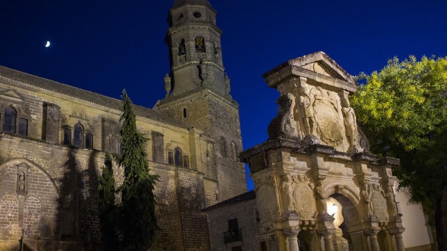 La Catedral de Baeza desde la Plaza de Santa María.