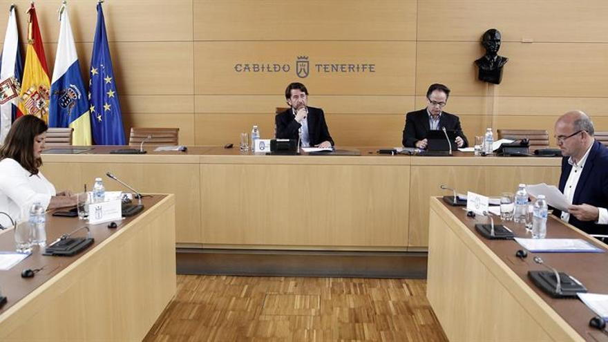 Reunión de la Asamblea General de la Federación Canaria de Islas (Fecai). EFE/ Cristóbal García