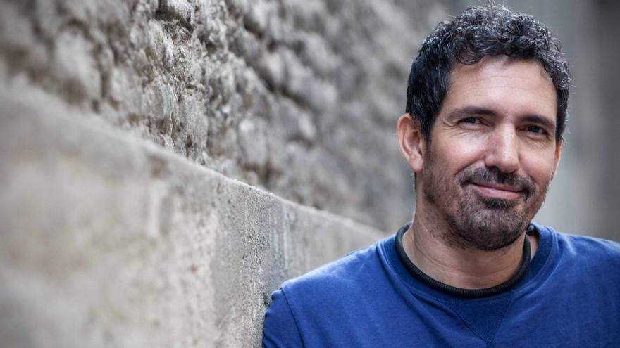 El profesor César Bona. Foto: Juan Manzanara