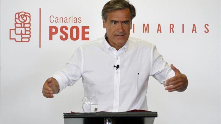 Juan Fernando López Aguilar durante el debate de las Primarias del PSOE de Canarias