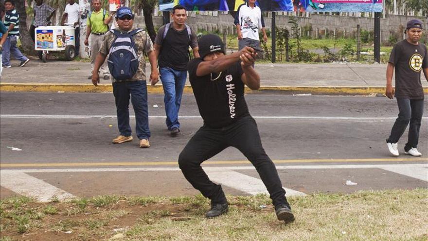 Desconocido dispara durante una manifestación por elecciones libres en Nicaragua