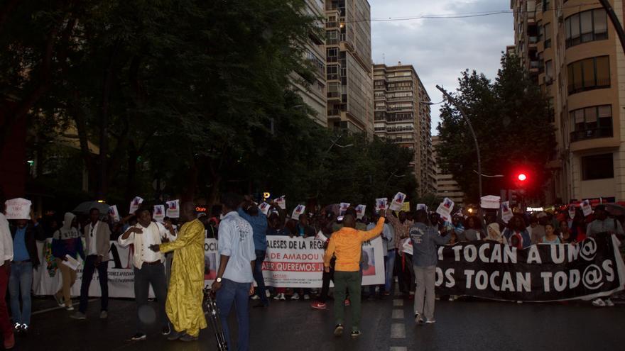 Manifestación por la muerte del senegalés Amadou Wade