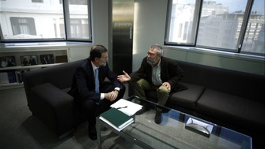 Mariano Rajoy Recibe A Cándido Mendez En La Sede Del PP